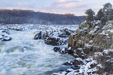 Potomac Gorge in Snow. Credit - Xavier Ascanio / Shutterstock
