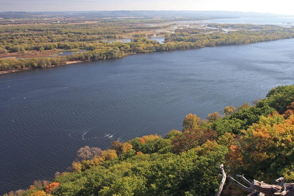 Mississippi River in Minnesota, photo: istock