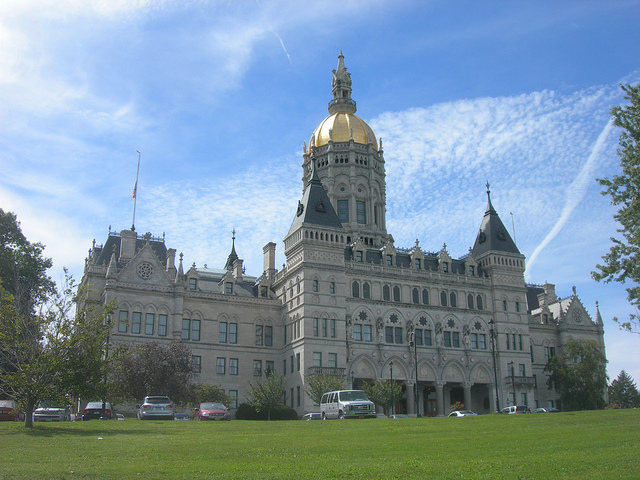 Connecticut capitol building / photo: flickr.com/auvet cc