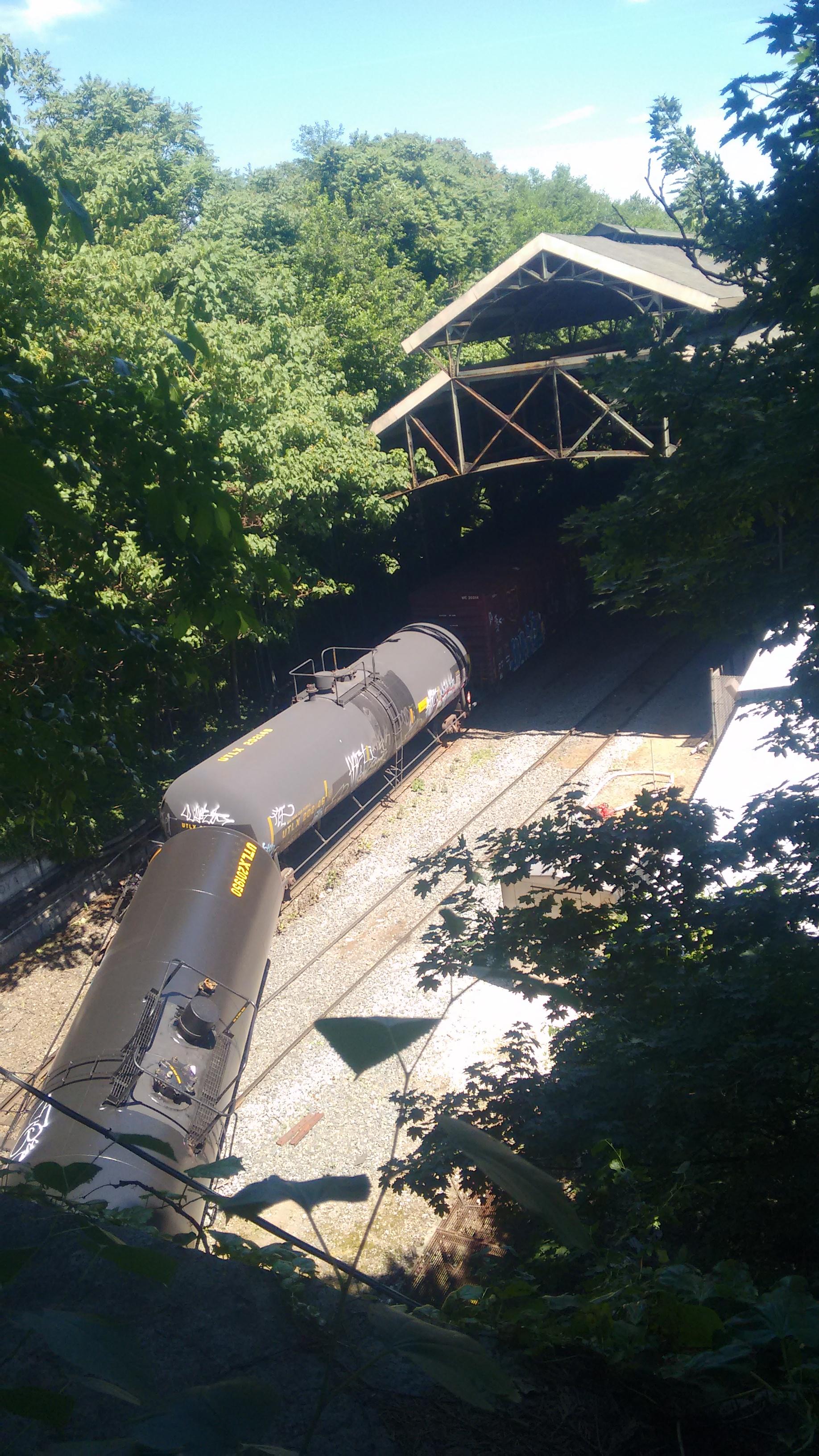 Oil Train photo by Jennifer Kunze