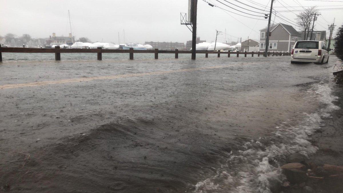 Flooding in winthrop, photo: @jeffreytngrid on twitter