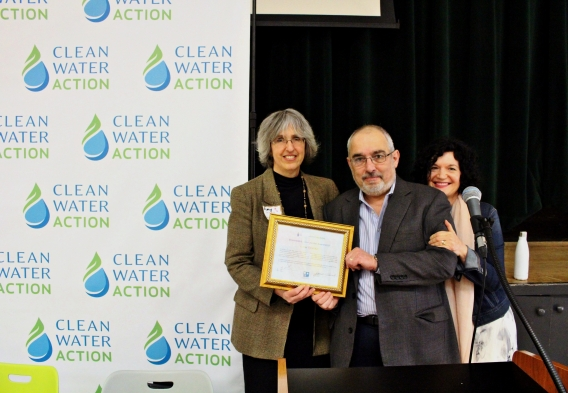 David Tykulsker award at Clean Water Action conference, by Jenny Vickers