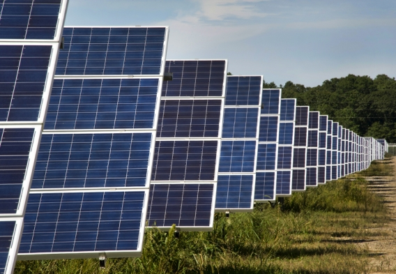Solar Installation. Photo credit: Brookhaven National Lab / Flickr-Creative Commons