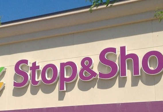 MA_stop and shop photo jeepers media source flickr.jpg